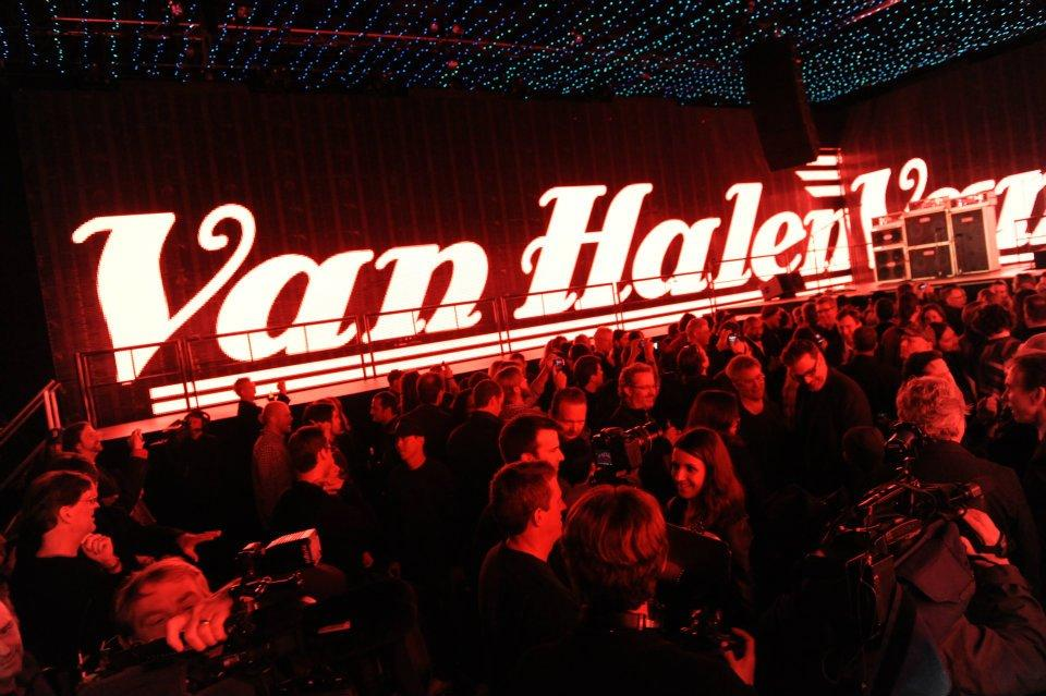 Van Halen シークレットライブ@Henson Studios